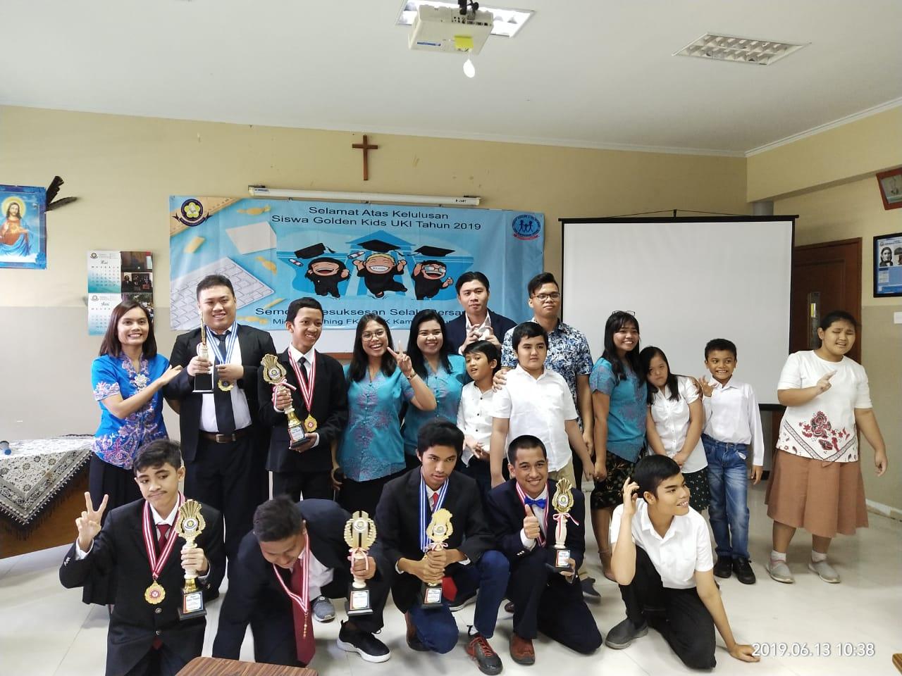 Graduation siswa Golden Kids Program Studi Bimbingan dan Konseling UKI