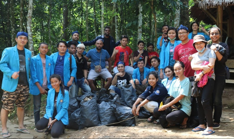Nusantara Heritage : The Baduy Luar (PKM Program Studi lmu Politik)