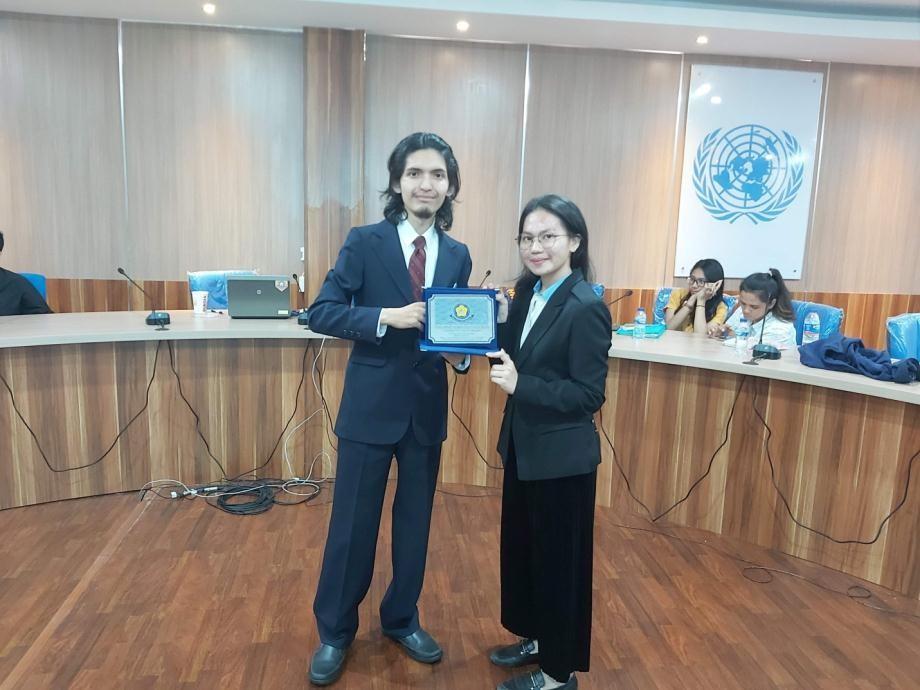 Model United Nations 101 Coaching Clinic (MUN 101)