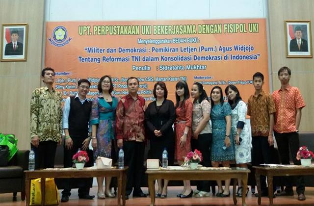 Bedah Buku Pemikiran Letjen (Purn) Agus Widjojo Tentang Reformasi TNI dalam Konsolidasi Demokrasi di Indonesia